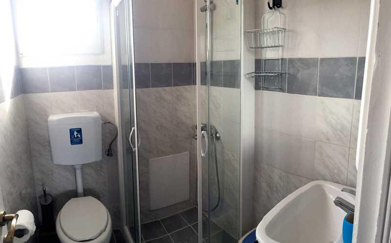 Bathroom at the attic apartments - edem apartments for 4 in kassiopi